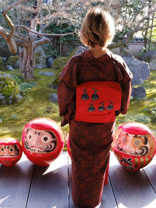 だるまさんがいっぱいの達磨寺の節分祭